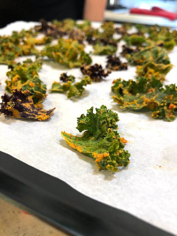Baked to crispy chips - kale and notcho no cheez - almond plant based cheesy spread